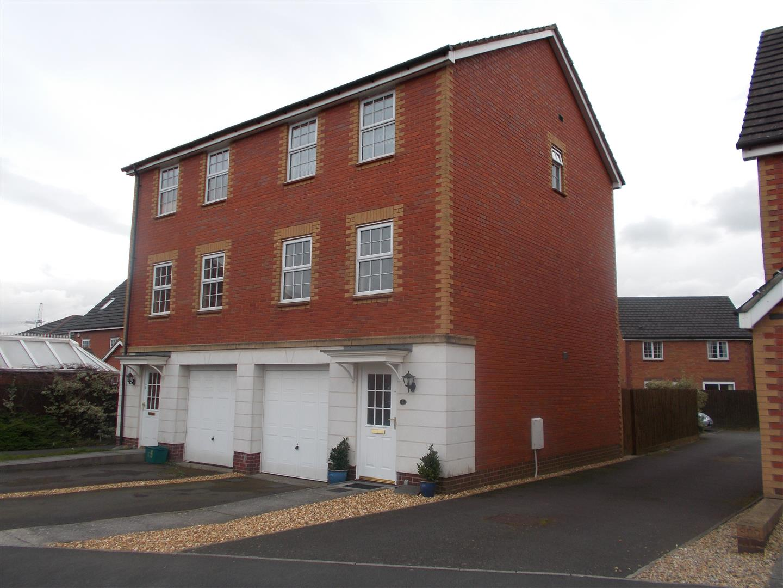 3 Bedrooms Semi Detached House for rent in Powis Close, Celtic Horizon, Newport